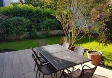 Terrasse en grès cérame imitation bois, à Clamart