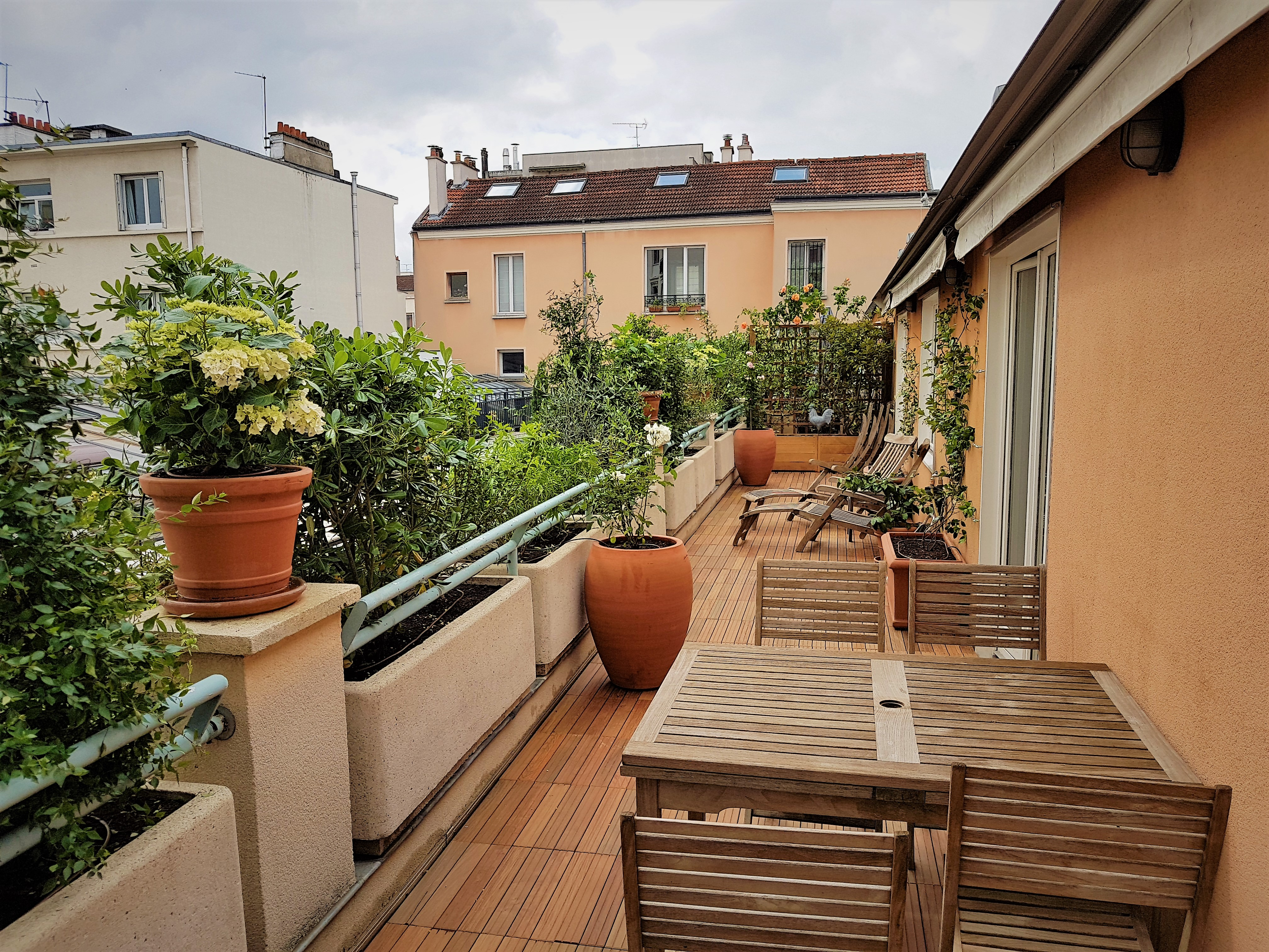 toits terrasses et balcons paysagiste paris 75 apex. Black Bedroom Furniture Sets. Home Design Ideas